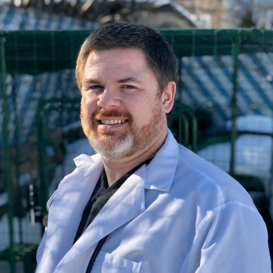 Dr.-Fosset-Headshot-for-Website Team